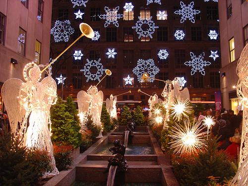 Aniołki z Rockefeller Center